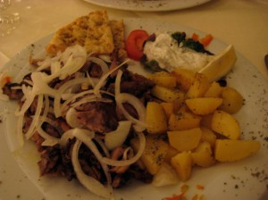 I had the gyro, also with potatoes and grilled pita.