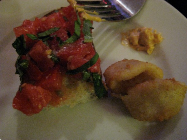 Bruschetta & calamari (the photo doesn't do it justice)