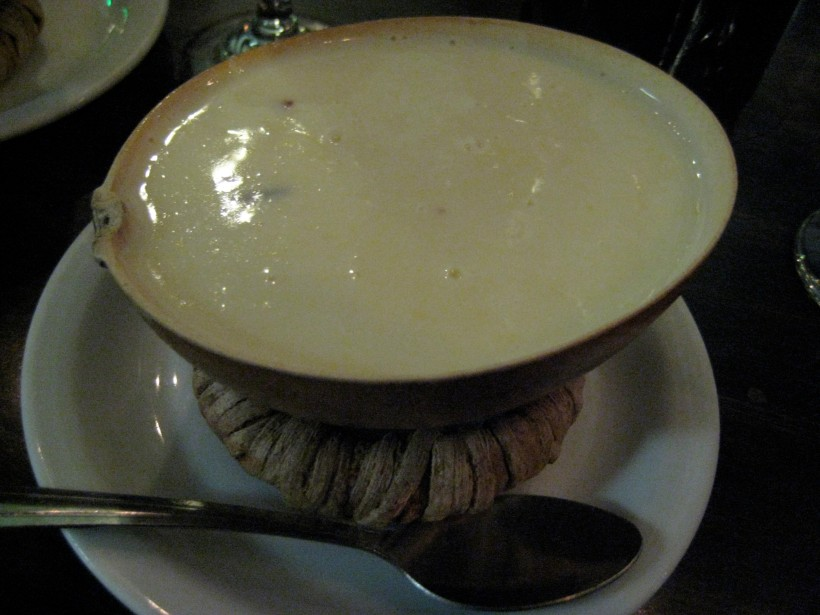 Don't let the boring looks fool you... this atol de was soooo delicious.